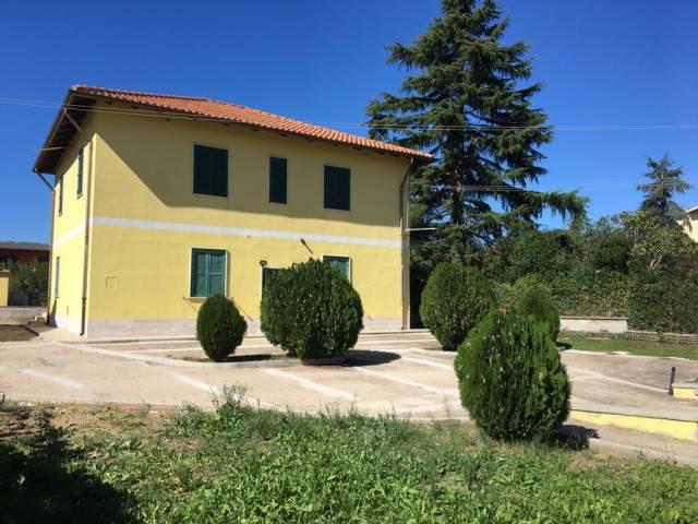 Soluzione Indipendente in vendita a Roma, 6 locali, zona Zona: 41 . Castel di Guido - Casalotti - Valle Santa, prezzo € 375.000 | CambioCasa.it