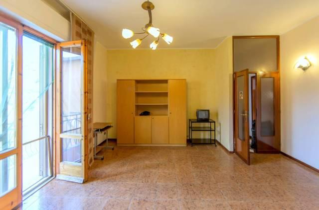 Appartamento in affitto a Pescia, 5 locali, prezzo € 450 | CambioCasa.it