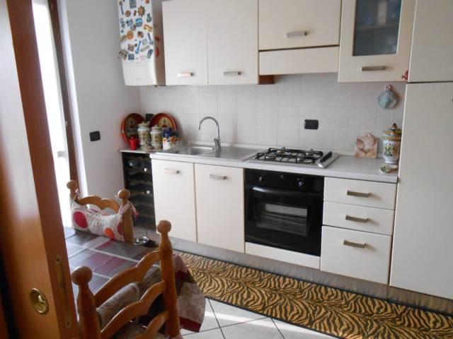 Appartamento in Affitto a Alzano Lombardo