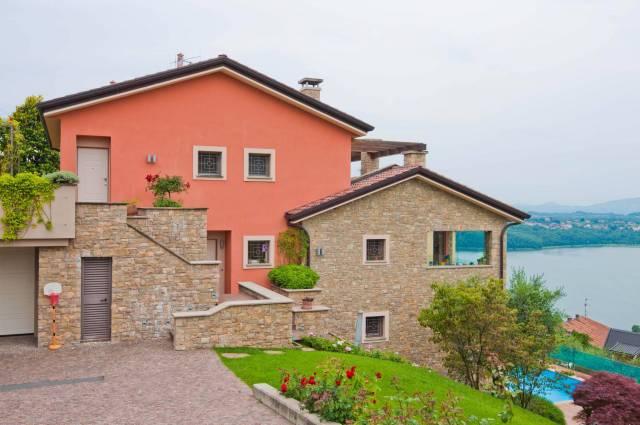 Villa in vendita a Oggiono, 5 locali, prezzo € 1.250.000   CambioCasa.it