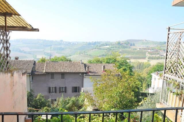 Rustico / Casale in vendita a Govone, 4 locali, prezzo € 34.000 | CambioCasa.it