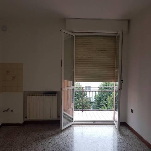 Appartamento in vendita a Guastalla, 3 locali, prezzo € 60.000 | CambioCasa.it