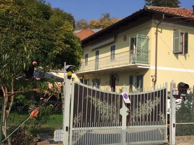 Rustico / Casale in vendita a Castelnuovo Don Bosco, 6 locali, prezzo € 195.000   CambioCasa.it