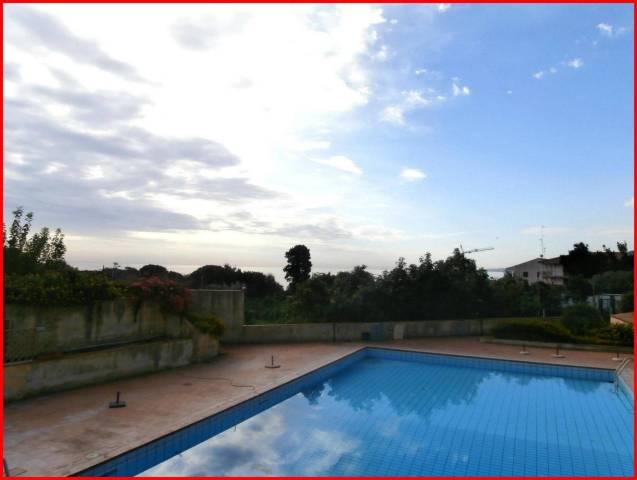 Villa in affitto a Acireale, 3 locali, prezzo € 750 | CambioCasa.it