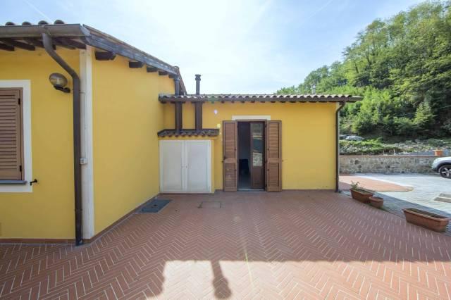 Appartamento in Vendita a Villa Basilica