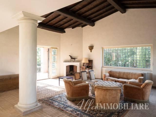 Villa in vendita a Riano, 6 locali, prezzo € 685.000 | CambioCasa.it