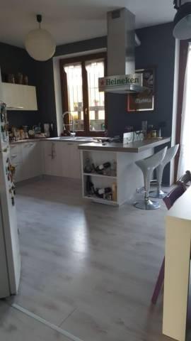 Appartamento in affitto a Cassano Magnago, 3 locali, prezzo € 890 | CambioCasa.it