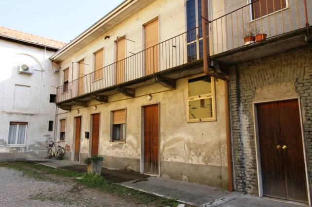 Soluzione Indipendente in vendita a Magnago, 5 locali, prezzo € 110.000 | CambioCasa.it