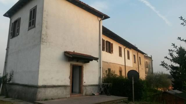 Appartamento in vendita a Cavaria con Premezzo, 4 locali, prezzo € 129.000 | CambioCasa.it