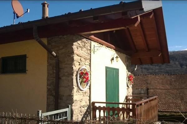 Villa in vendita a Brovello-Carpugnino, 3 locali, prezzo € 130.000 | CambioCasa.it