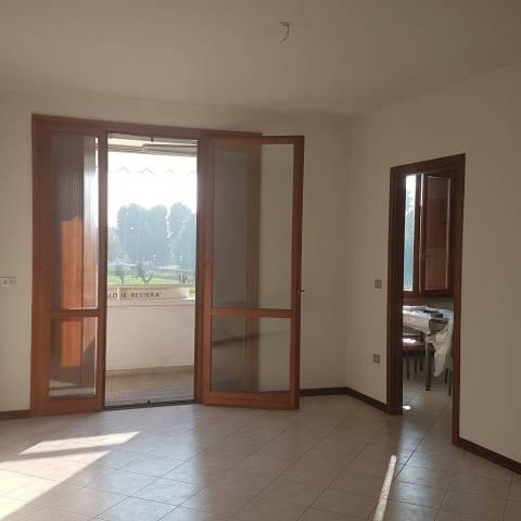 Appartamento in affitto a Guastalla, 2 locali, prezzo € 530 | CambioCasa.it