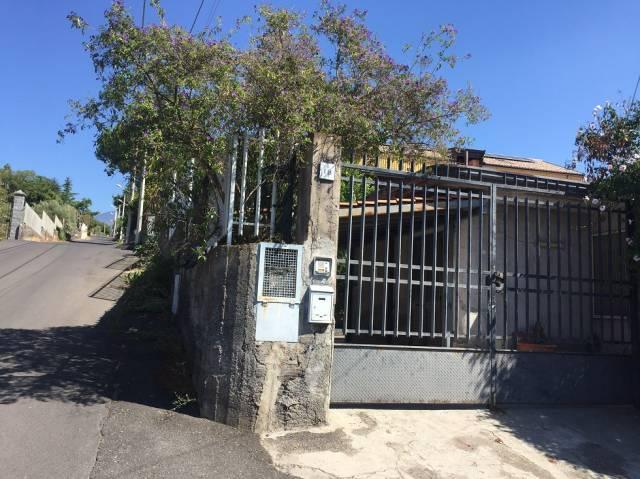 Villa in vendita a Ragalna, 4 locali, prezzo € 95.000 | CambioCasa.it