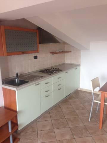 Appartamento in affitto a Pinerolo, 1 locali, prezzo € 250 | CambioCasa.it