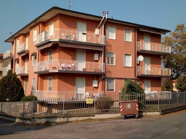 Appartamento in vendita a Corvino San Quirico, 3 locali, prezzo € 55.000 | CambioCasa.it