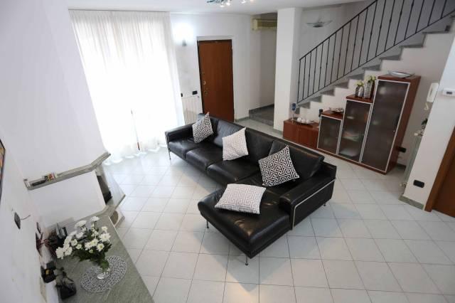 Villa a Schiera in vendita a Massalengo, 4 locali, prezzo € 200.000 | CambioCasa.it
