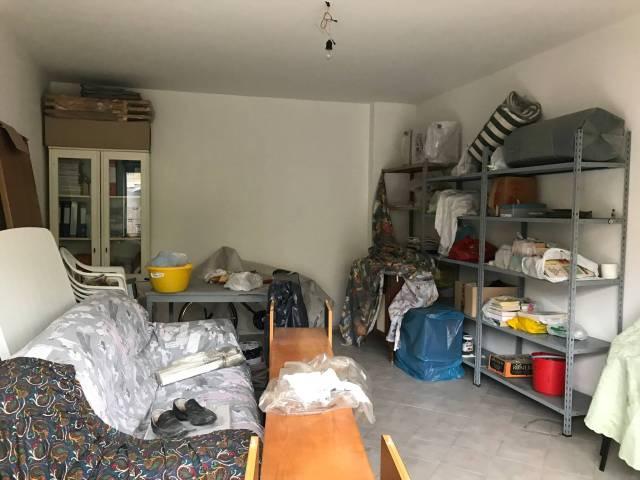 Magazzino in Affitto a Pontecagnano Faiano
