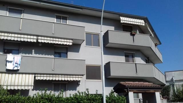 Appartamento in vendita a Zelo Buon Persico, 3 locali, prezzo € 135.000 | CambioCasa.it