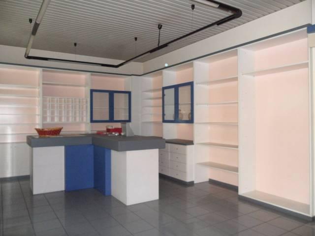 Ufficio / Studio in affitto a Giussano, 1 locali, prezzo € 700 | CambioCasa.it