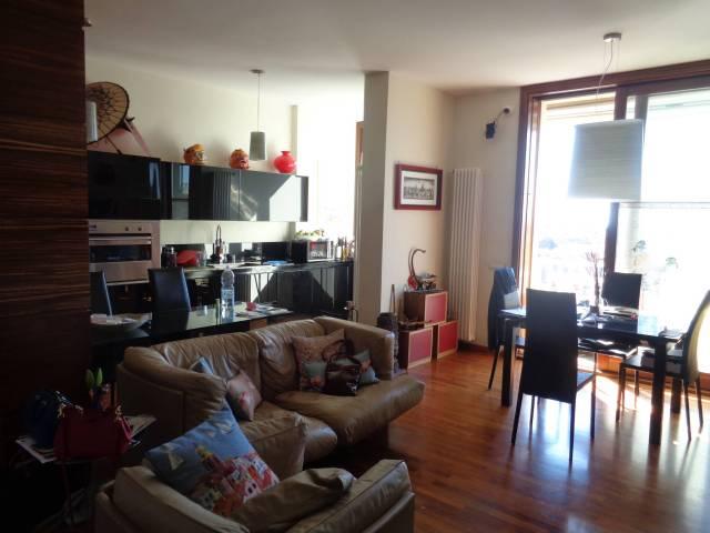 Appartamento in vendita a Catania, 4 locali, prezzo € 270.000   CambioCasa.it