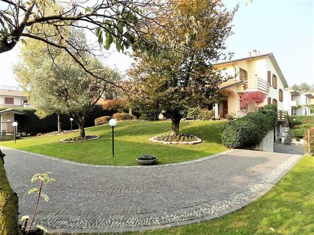 Villa in vendita a Arcore, 6 locali, prezzo € 698.000   CambioCasa.it