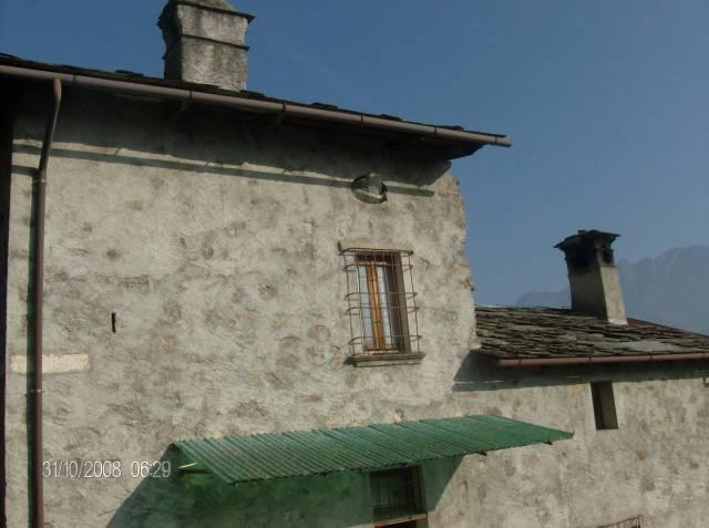 Rustico / Casale in vendita a Morbegno, 4 locali, prezzo € 33.000 | CambioCasa.it