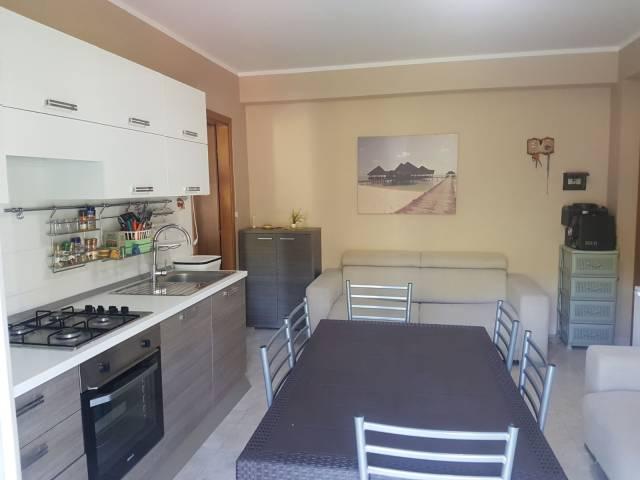 Appartamento in vendita a Roccalumera, 2 locali, prezzo € 100.000 | CambioCasa.it