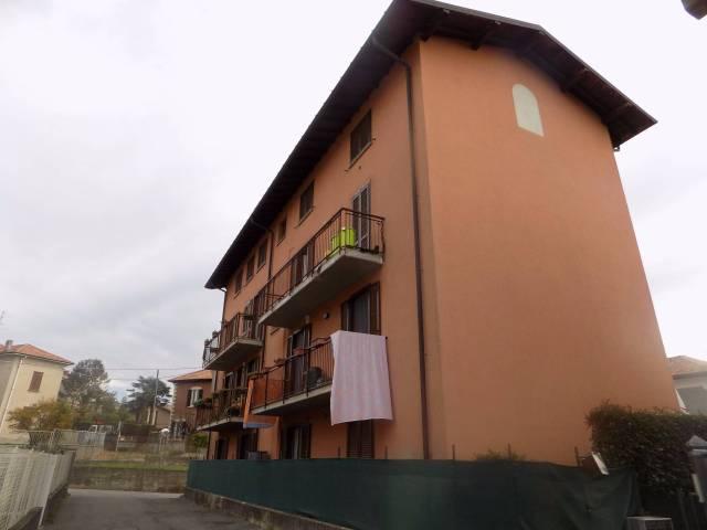 Appartamento in vendita a Lurate Caccivio, 3 locali, prezzo € 110.000 | CambioCasa.it