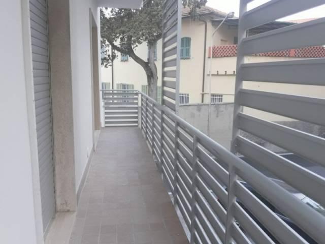 Appartamento in affitto a Imperia, 4 locali, prezzo € 800   CambioCasa.it