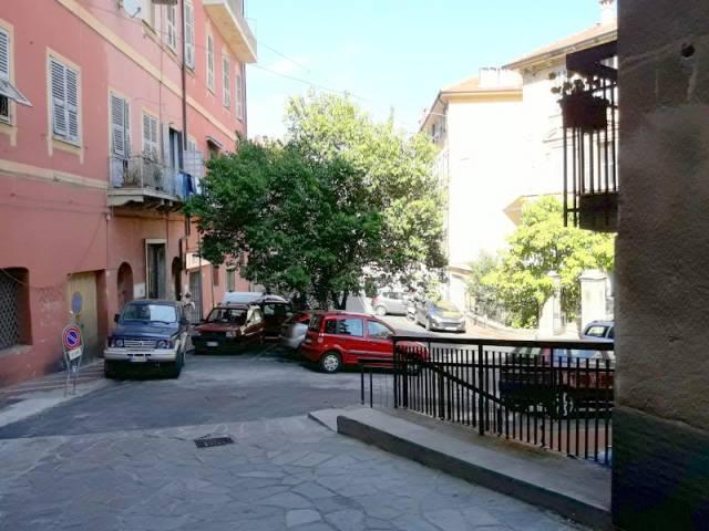 Magazzino in vendita a Imperia, 2 locali, prezzo € 55.000 | CambioCasa.it
