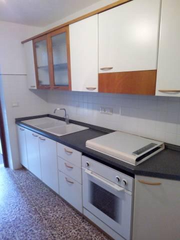 Soluzione Indipendente in affitto a Capannori, 9999 locali, prezzo € 500 | CambioCasa.it