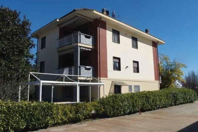 Soluzione Indipendente in vendita a Rocca Canavese, 6 locali, prezzo € 135.000   CambioCasa.it