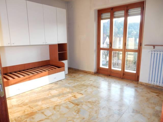 Appartamento in affitto a Bastia Mondovì, 4 locali, prezzo € 320 | CambioCasa.it