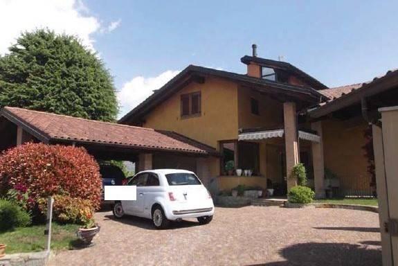 Villa in vendita a Avigliana, 6 locali, prezzo € 660.000 | CambioCasa.it