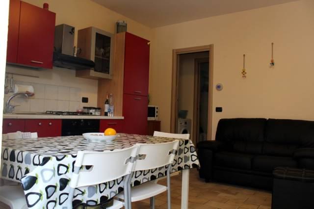 Appartamento in affitto a Alba, 3 locali, prezzo € 420   CambioCasa.it