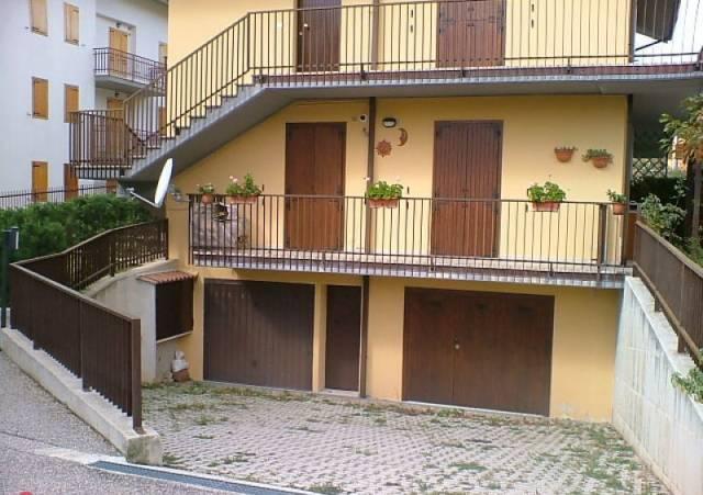 Appartamento in vendita a Campo di Giove, 4 locali, prezzo € 95.000 | CambioCasa.it