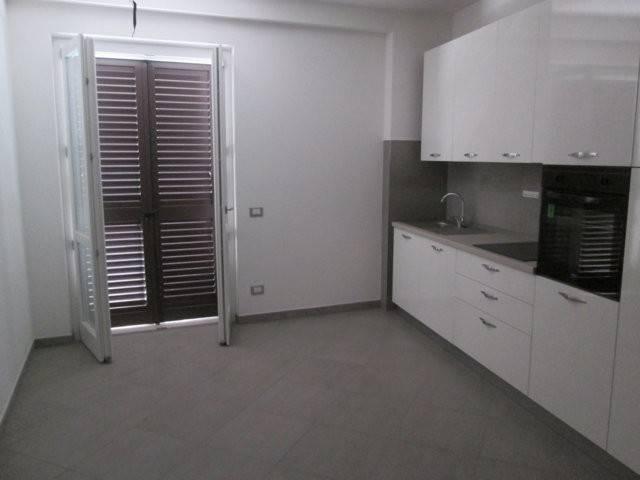 Appartamento in affitto a Montecosaro, 1 locali, prezzo € 400 | CambioCasa.it