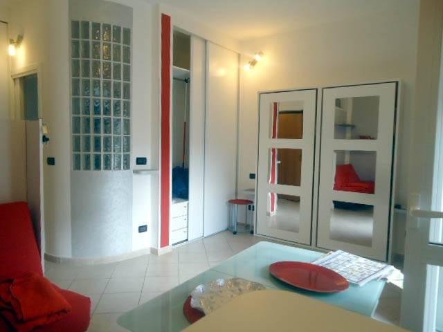 Appartamento in affitto a Alba, 1 locali, prezzo € 350   CambioCasa.it