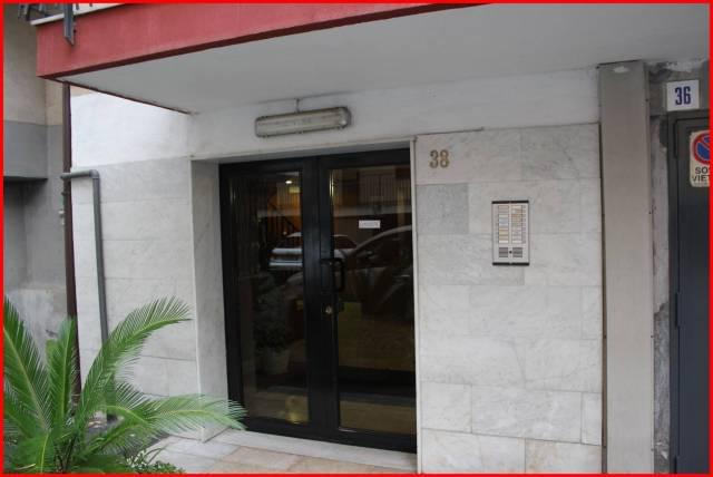 Appartamento in vendita a San Giovanni la Punta, 5 locali, prezzo € 158.000 | CambioCasa.it