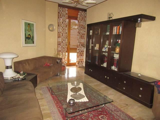 Appartamento in vendita a Acqui Terme, 5 locali, prezzo € 115.000 | CambioCasa.it
