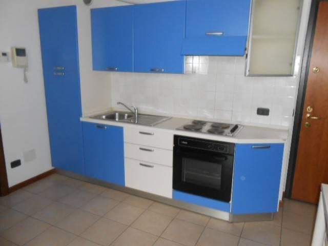 Appartamento in affitto a Bergamo, 2 locali, prezzo € 460 | CambioCasa.it