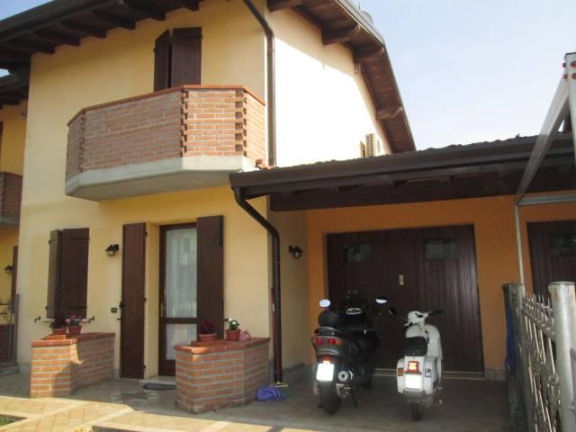 Villa a Schiera in Vendita a Rodigo