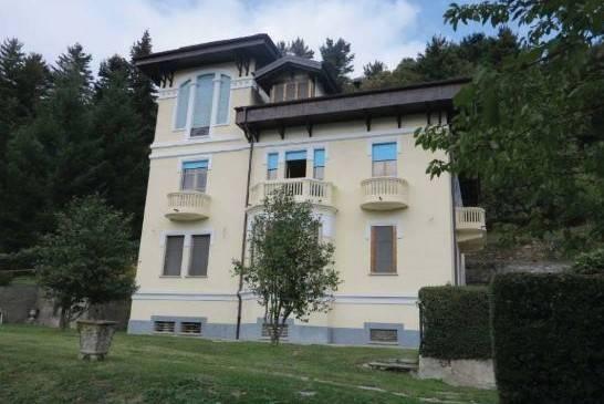 Villa in Vendita a Torre Pellice