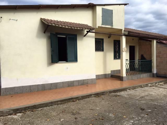 Villa in affitto a Velletri, 3 locali, prezzo € 500 | CambioCasa.it