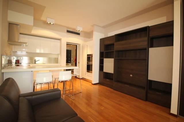 Appartamento in Affitto a Milano 01 Centro storico (Cerchia dei Navigli): 1 locali, 50 mq