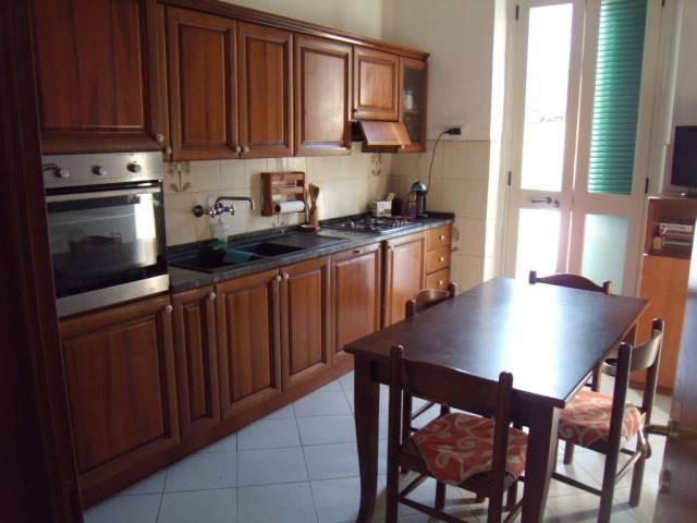Soluzione Indipendente in vendita a Agliana, 5 locali, prezzo € 270.000 | CambioCasa.it