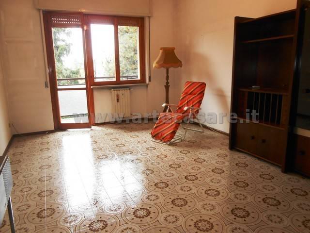 Appartamento in vendita a Legnano, 4 locali, prezzo € 123.000 | CambioCasa.it
