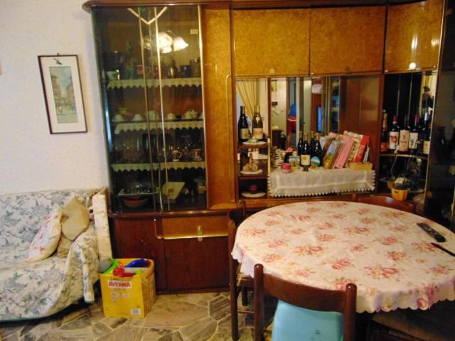 Appartamento in affitto a Agliano Terme, 2 locali, prezzo € 250 | CambioCasa.it
