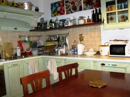 Appartamento in vendita a Pitigliano, 3 locali, prezzo € 85.000 | CambioCasa.it