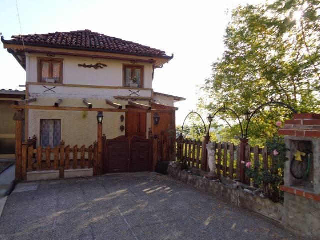Villa in vendita a Pocapaglia, 3 locali, prezzo € 80.000 | CambioCasa.it