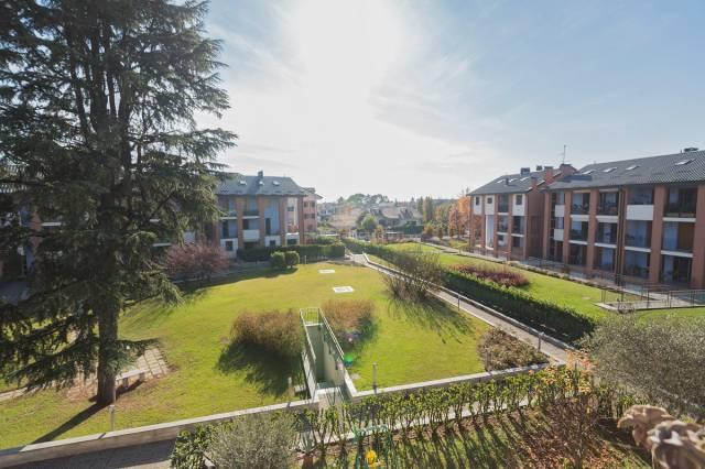 Appartamento in vendita a Rodano, 3 locali, prezzo € 198.000 | CambioCasa.it